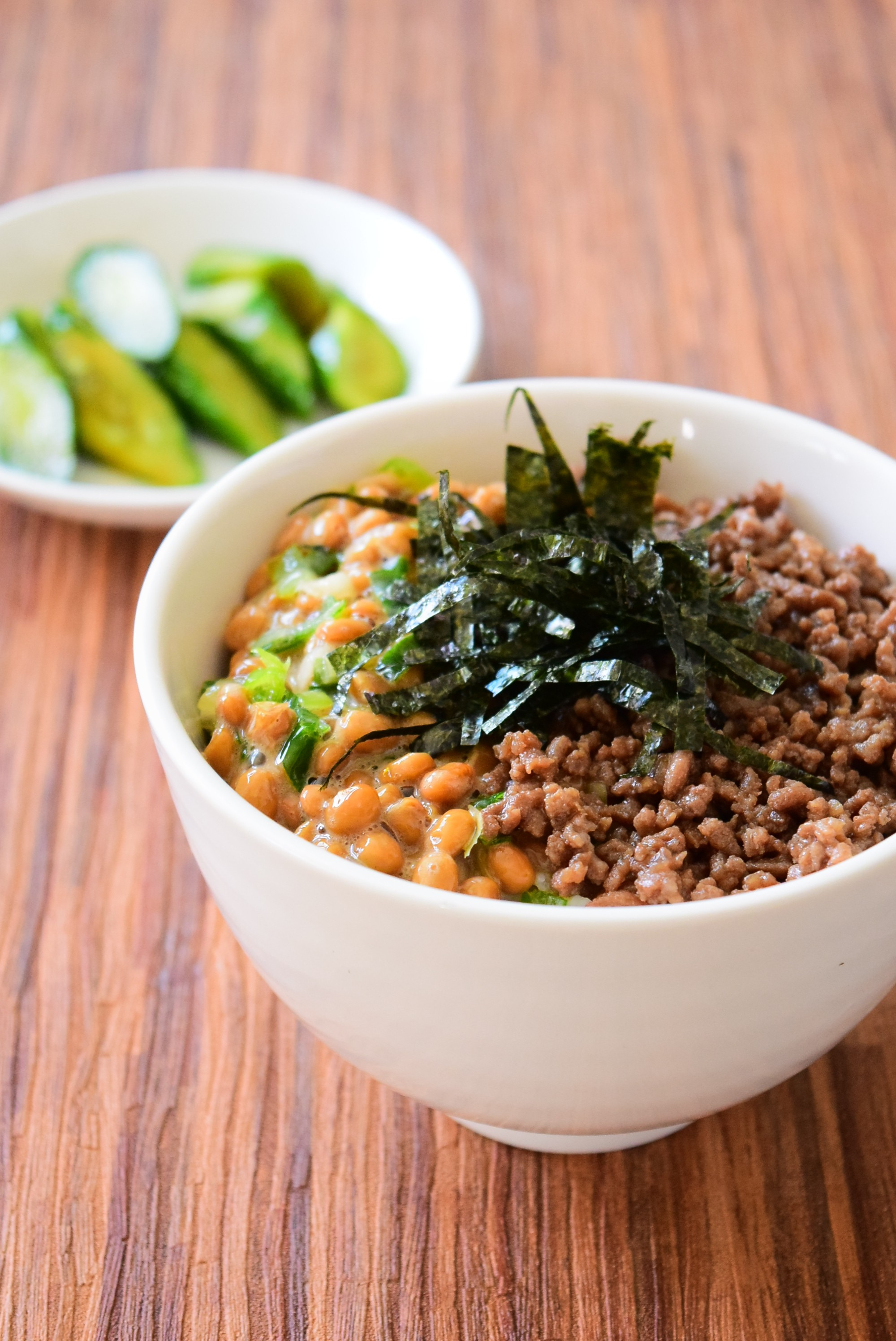 ねぎ入り納豆と肉そぼろ丼のレシピ