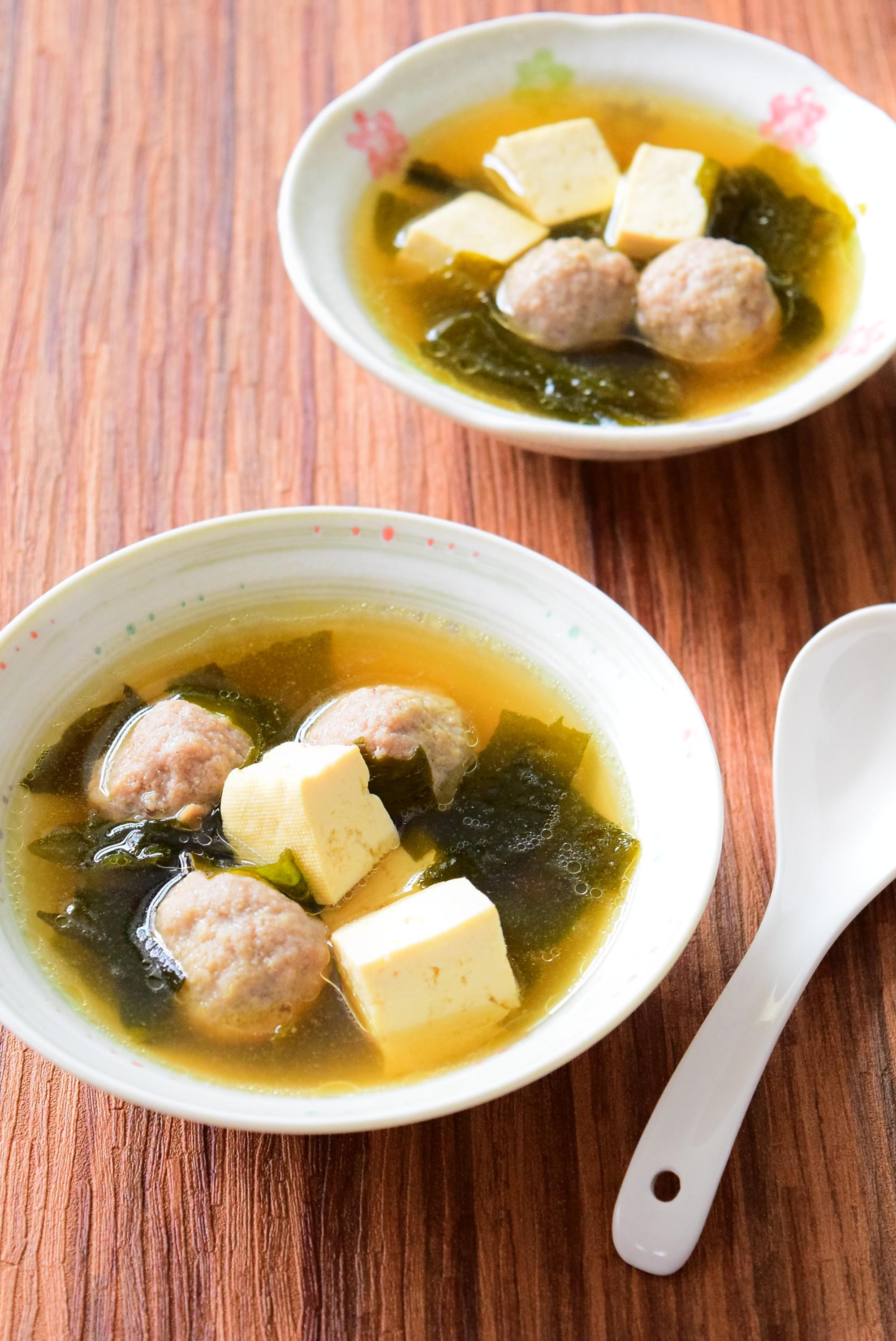 相性抜群!ワカメと肉団子のスープのレシピ