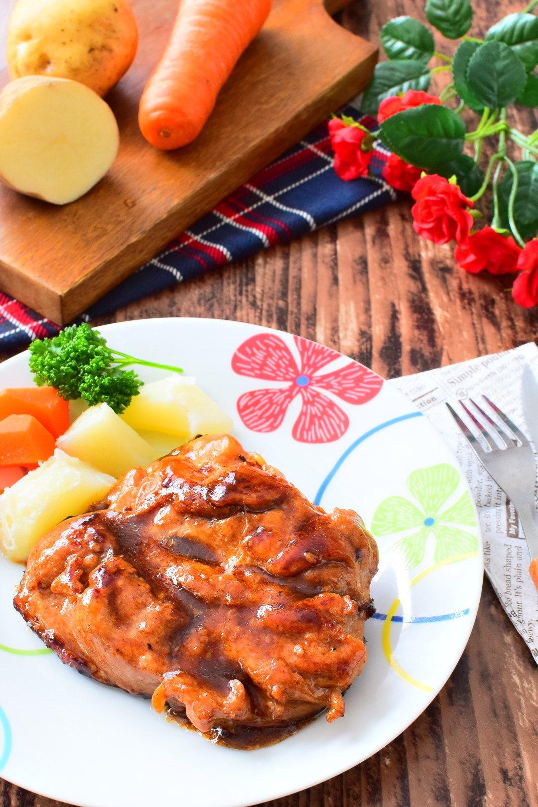 旨味アップ!塩こうじ漬け鶏ももステーキのレシピ