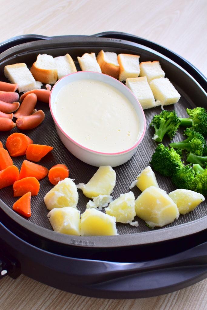 ホットプレートでOK!味噌ミルクフォンデュのレシピ