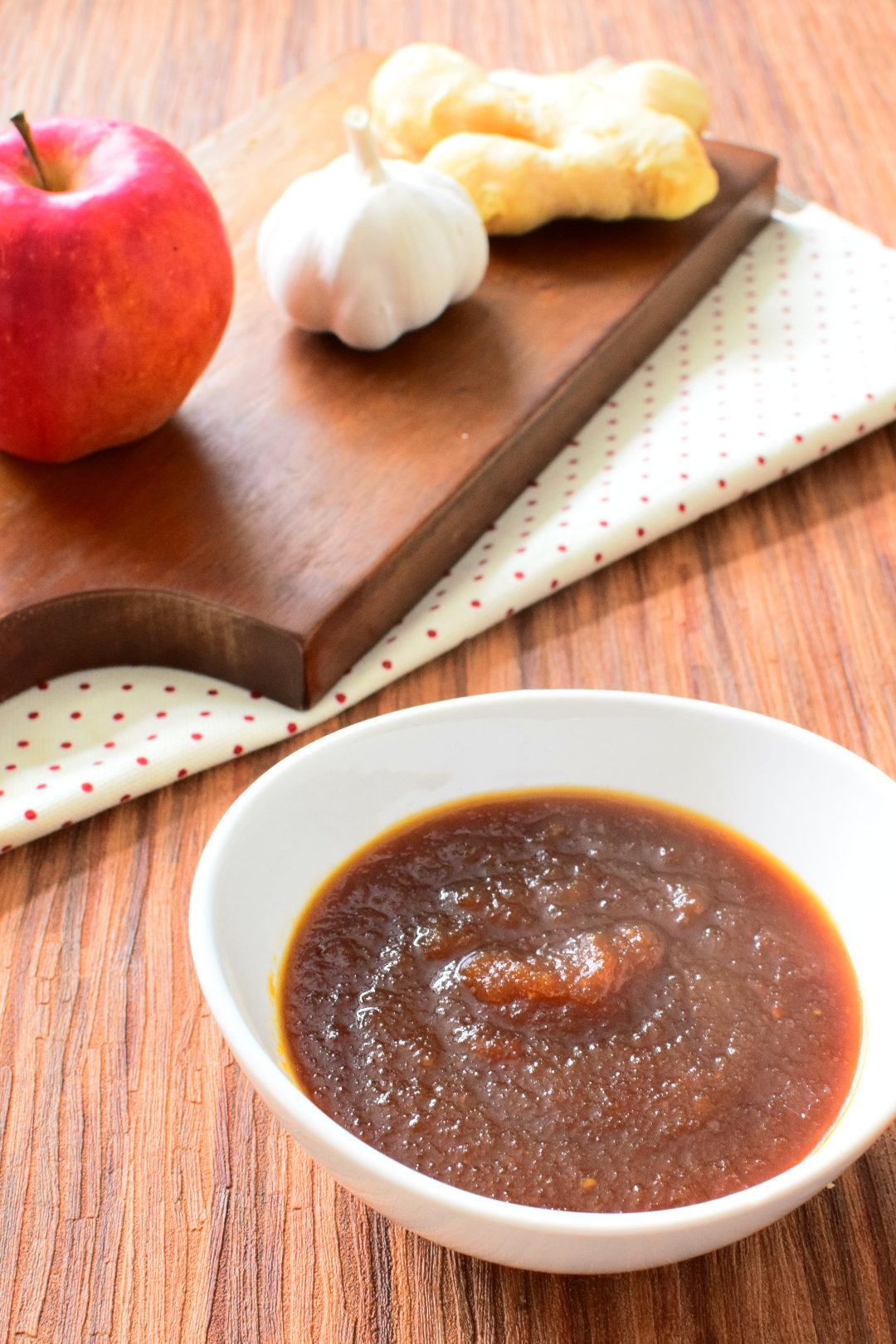 じつは簡単に作れる!りんご丸ごと1個使う!焼き肉のたれのレシピ
