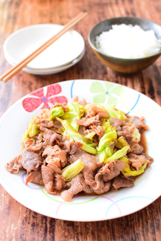 ご飯と良く合う!牛肉とキャベツのオイスターソース炒めのレシピ
