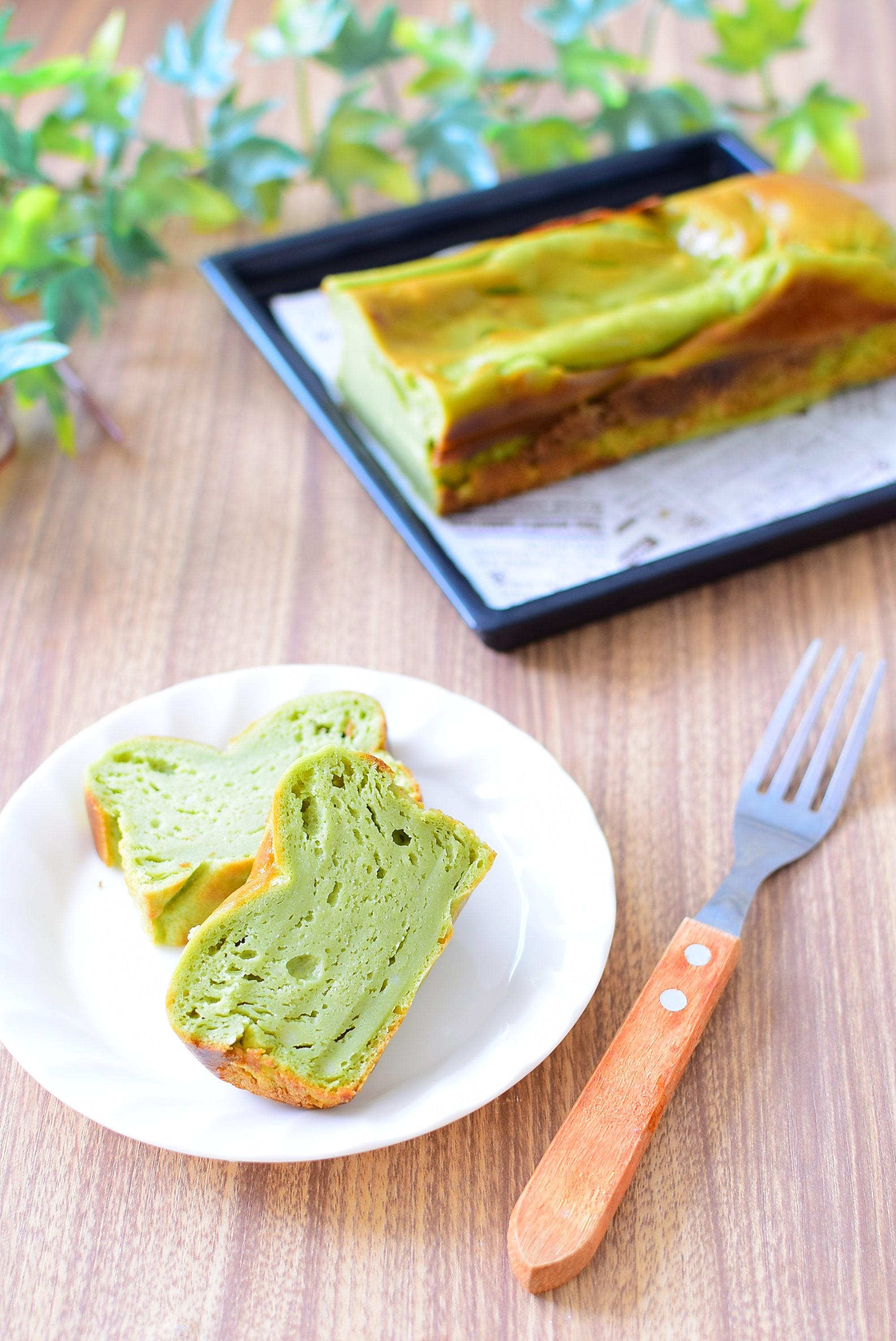 【豆腐入り】しっとり青汁バターケーキのレシピの写真