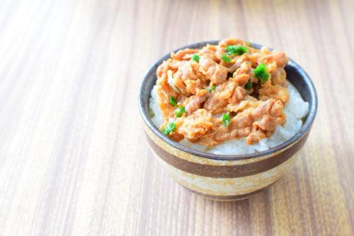 牛バラの玉ねぎダレ漬けのレシピの写真
