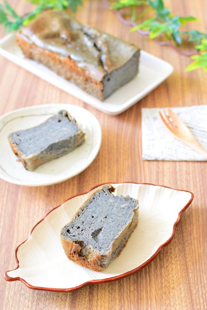体に優しい組み合わせ!黒ごま入り豆腐ケーキのレシピ