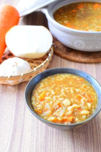 ガーリックカレー雑炊のレシピの写真