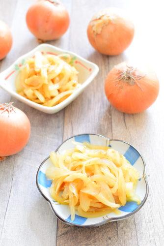 玉ねぎ丸ごと1個使う!ちくわ入りきんぴら玉ねぎのレシピの写真