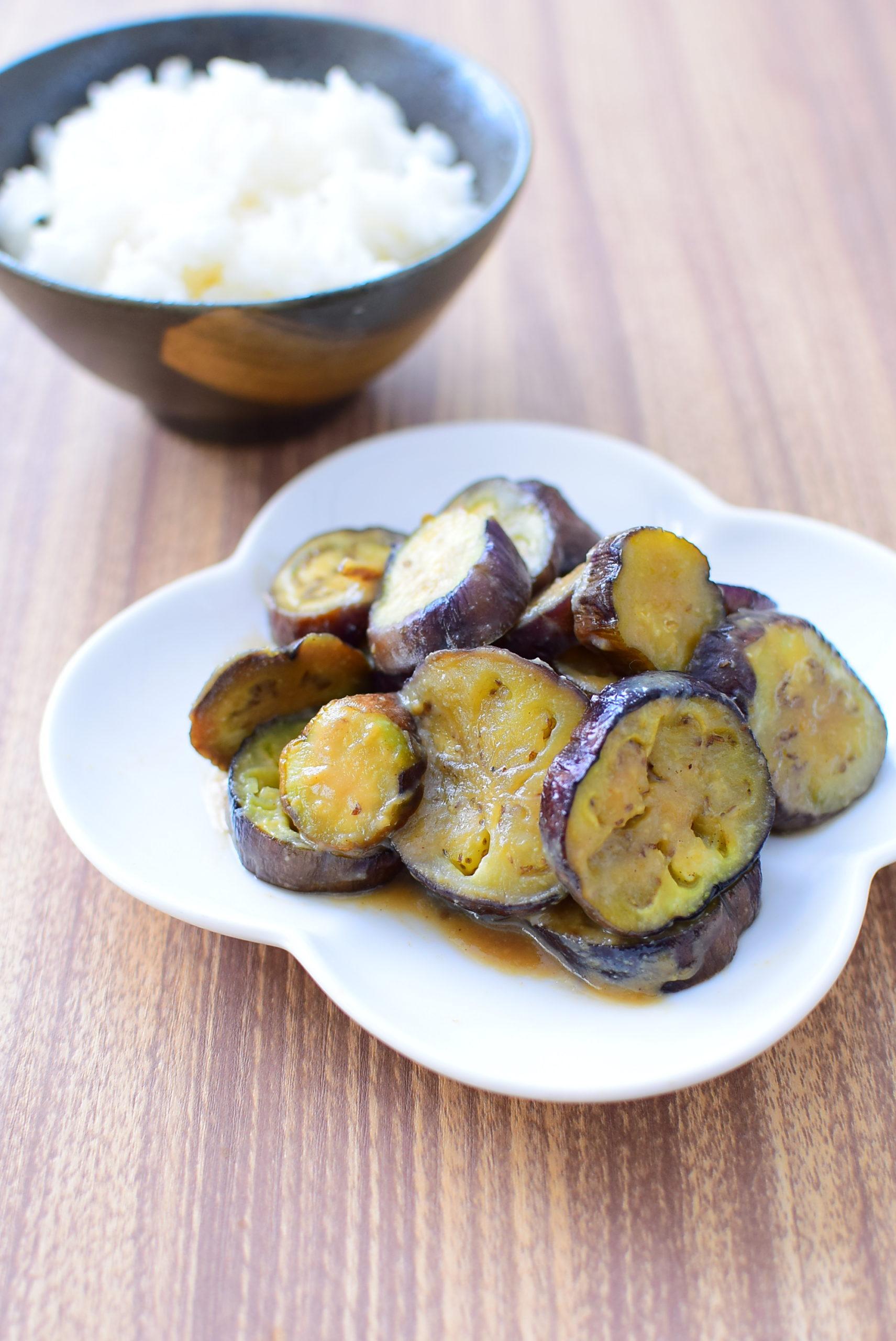 簡単で美味しい!なすの味噌炒めのレシピの写真