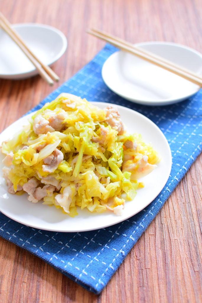 しんなりキャベツと豚バラのオイスターソース味噌炒めのレシピ