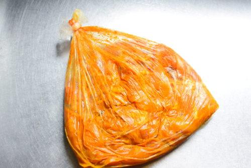 カレー漬け鶏もも焼きのレシピの写真