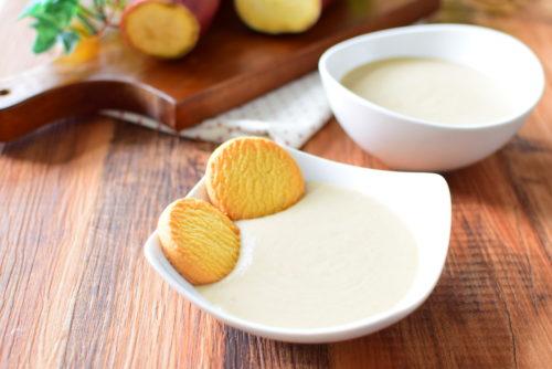 アイスやクッキーに黒糖さつまいもクリームのレシピの写真