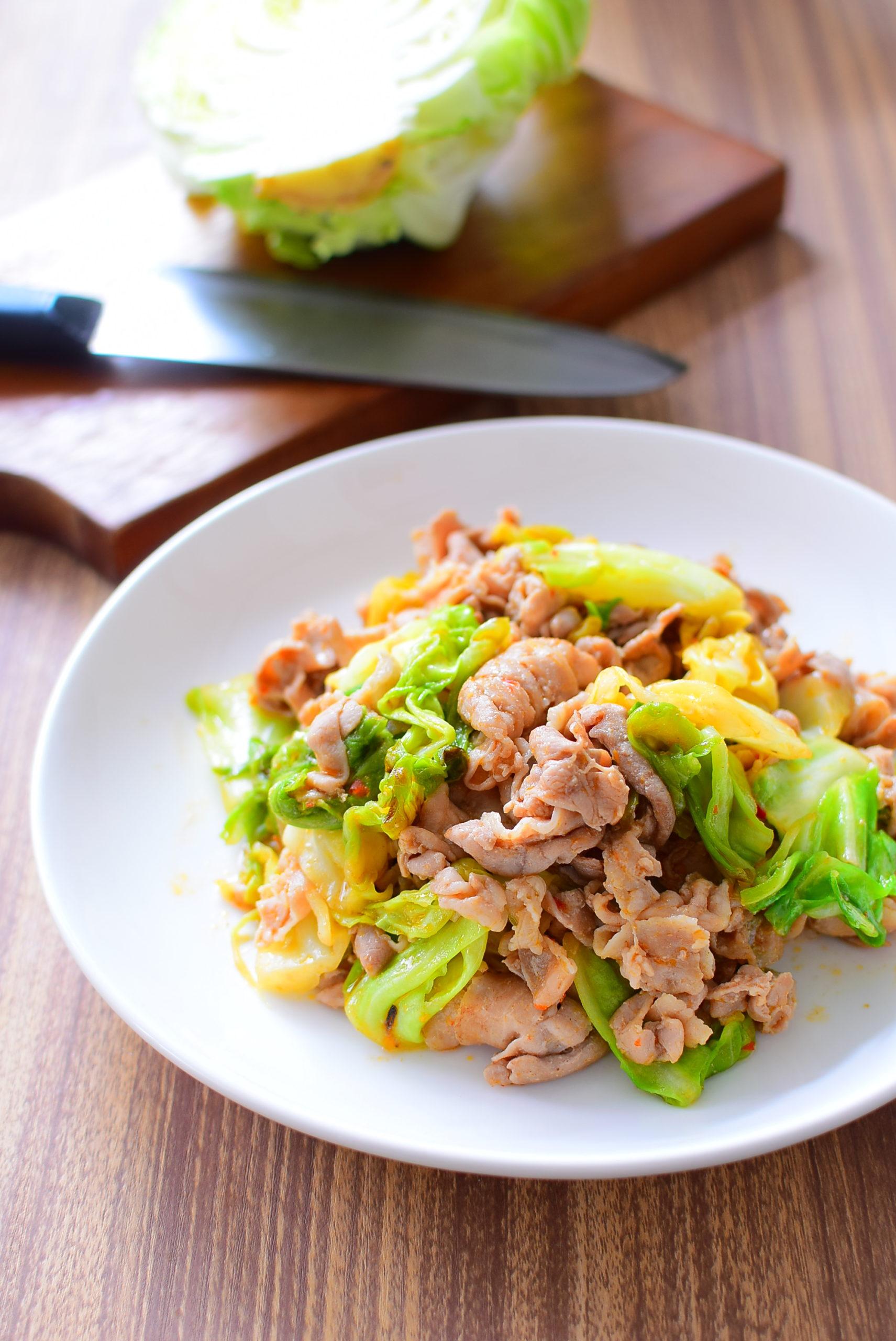 調味料3つで作れる!豚バラとキャベツのピリ辛オイスターソース味噌炒めのレシピ