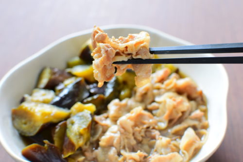 豚バラとなすのとろとろ生姜煮のレシピの写真