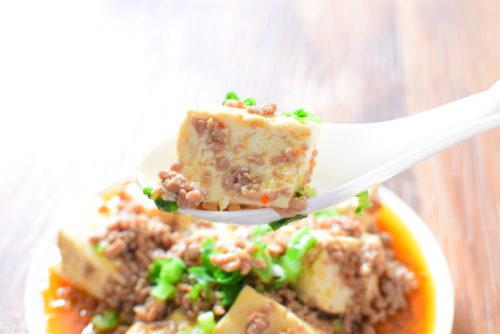 豆腐とひき肉のピリ辛オイスターソース炒めのレシピの写真