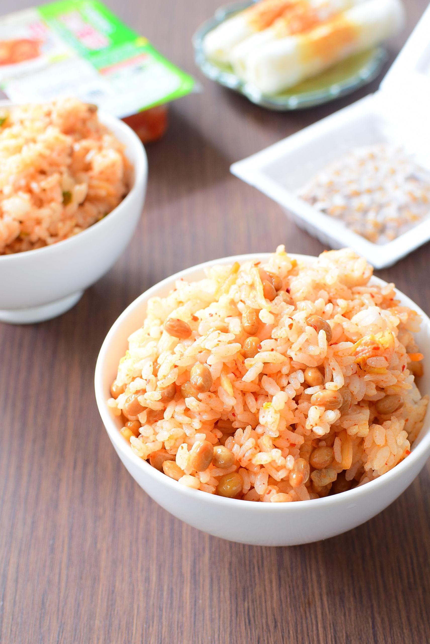 火を使わない!納豆キムチ混ぜご飯のレシピの写真