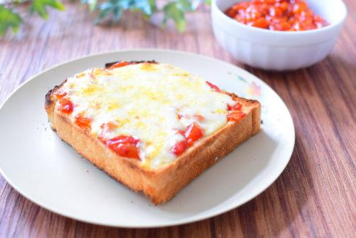 トマトジュースで作る!手作りピザソースのレシピの写真