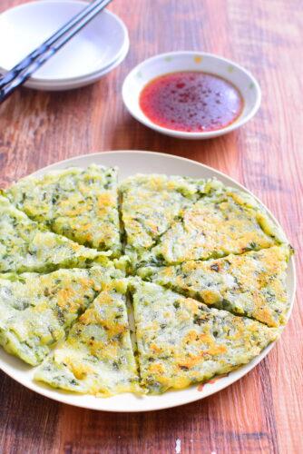 マヨネーズ&チーズ入り!卵なしニラチヂミのレシピの写真