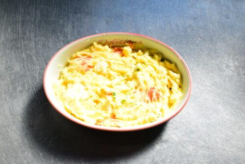 残ったポテトサラダのリメイク!ホワイトソースグラタンのレシピの写真